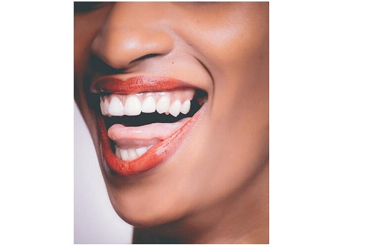blanchiment-dentaire-paris-blanchiment-dentaire-maison-blanchiment-dentaire-risques-blanchiment-dentaire-gouttierre-dentiste-blanchiment-dentaire-avis-blanchiment-dentaire-dentiste