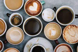 enlever-taches-cafe-dents-cafe-dents-jaune-cafe-decafeine-dents-blanchiment-dentaire-cafe-cafe-ou-the-pour-les-dents